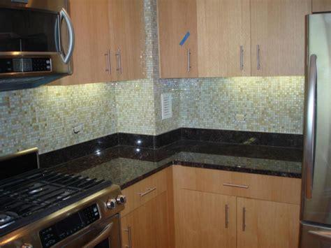 kitchen backsplash glass tile glass tile backsplash ideas for kitchens and bathroom tedxumkc decoration