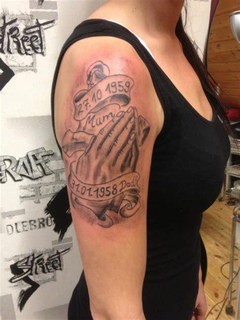 suchergebnisse f 252 r betende h 228 nde tattoos tattoo
