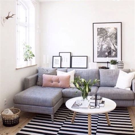 decorating ideas for small living rooms on a budget 25 best ideas about office sofa on divan sofa