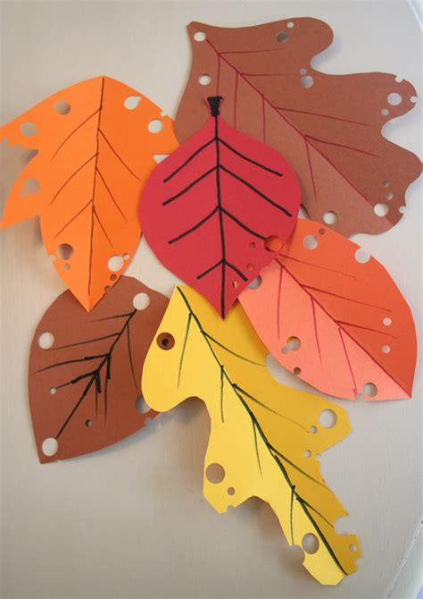 paper leaves craft mmmcrafts easy autumn leaf craft
