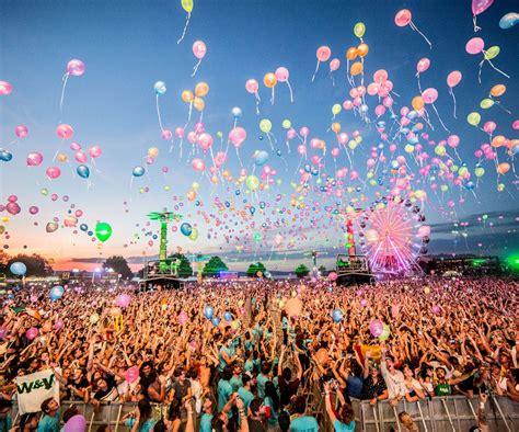 festival pics balaton sound 2018 zam 225 rdi hungary festival travel