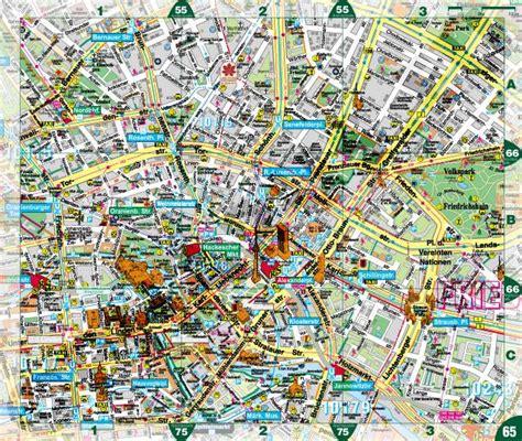 Der Innere Garten Pdf by Aktueller Pharus Stadtplan Berlin Atlas Broschur Mit