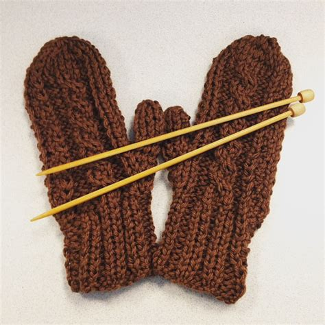 mittens knitting pattern needles cabled mittens on needles knitting pattern