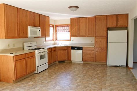 can you stain kitchen cabinets minwax gel stain kitchen cabinets minwax stain pens can