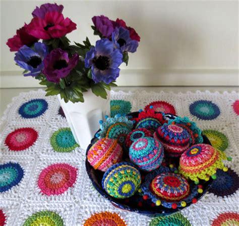 crochet decorations uk crochet baubles the pattern