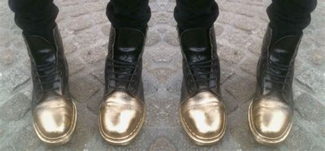 spray painting boots 17 best ideas about spray paint shoes on diy