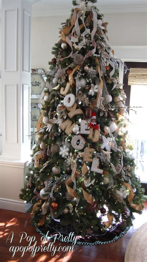 how to put on tree decorating tip how to add ribbon to your tree