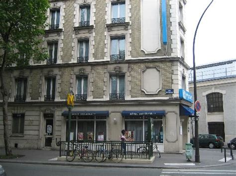 the metro stop porte de bagnolet this to the hotel picture of belgrand hotel