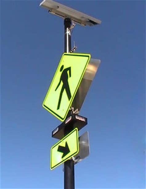 solar powered pedestrian crossing lights rrfb rectangular rapid beacons eltec