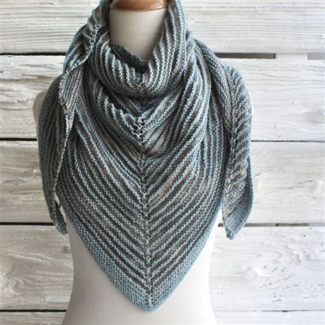 free triangle scarf knitting pattern 365 best images about knit scarves on free