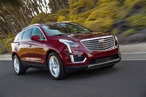 Cadillac News by Gwyneth Paltrow Rides In New Cadillac Xt5 Gm Authority
