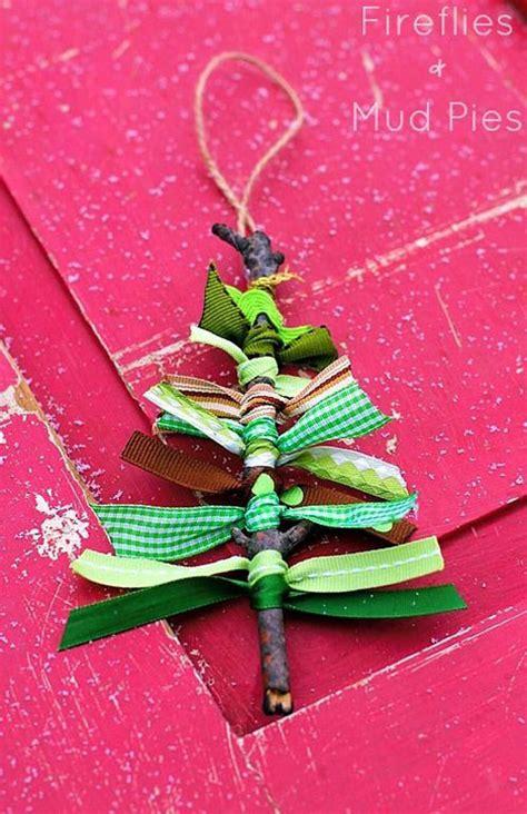 easy tree decorations to make 38 easy handmade ornaments