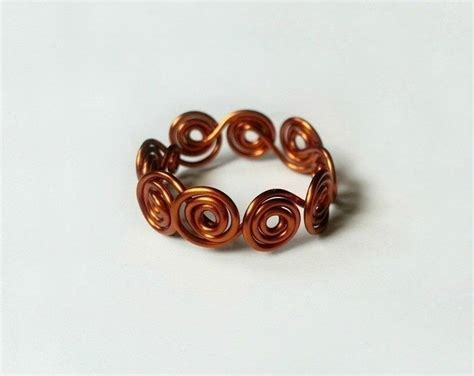 how to make rings out of wire and swirled all around wire ring 183 how to make a wire swirl