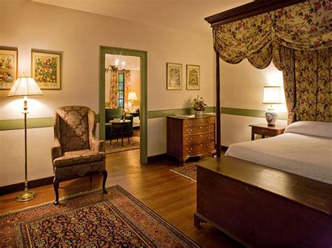 colonial style homes interior well decorated homes historic colonial home interior
