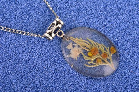 epoxy resin jewelry resin jewelry ideas caymancode