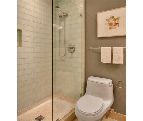 pictures of walk in showers in small bathrooms ideas