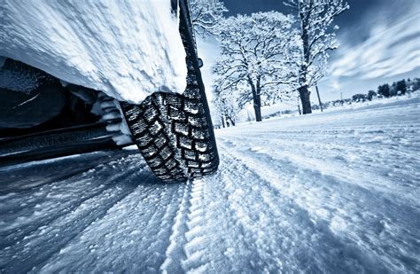 Car Wallpaper Snow by Winter Snow Car Wheel Road Wallpaper 4000x2609 555308