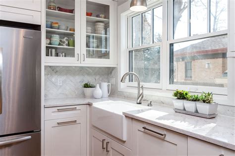 white shaker kitchen cabinets for modern home home white shaker kitchen cabinets espresso island butlers pantry