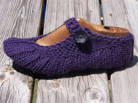 knitted slipper pattern travel by mommiknits knitting pattern