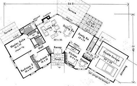 custom ranch floor plans lovely angled ranch house plans new home plans design