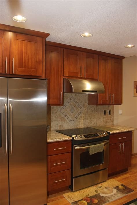 kitchen knobs and pulls ideas shaker kitchen cabinet knobs home design by