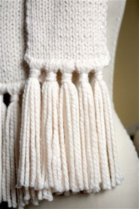 how to put tassels on a knitted scarf add tassels to a scarf what i do