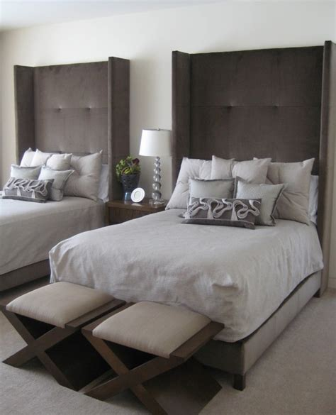 bedroom ideas for two beds guest bedroom decorating ideas on a budget home delightful