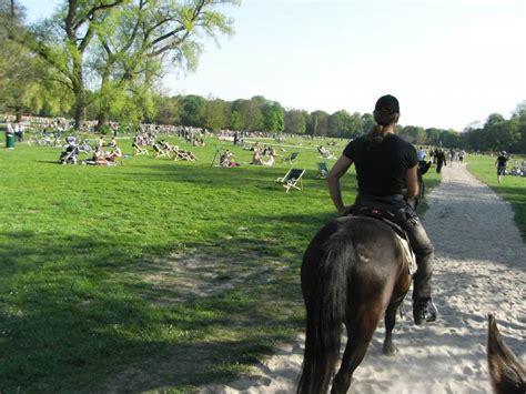 Englischer Garten München Karfreitag m 252 nchen quot englischer garten quot an karfreitag pferdebilder