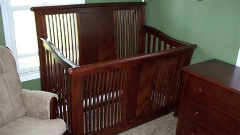 baby cache manhattan lifetime convertible crib the color