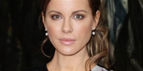 kate beckinsale says she was body shamed by michael bay