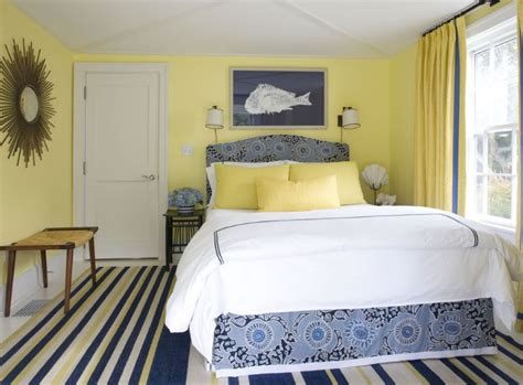 Home Wall Decor And Accents how you can use yellow to give your bedroom a cheery vibe
