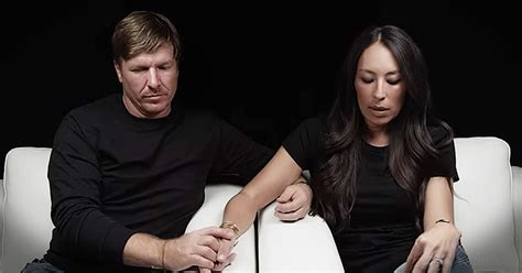 chip and joanna gaines contact fixer chip and joanna gaines moving