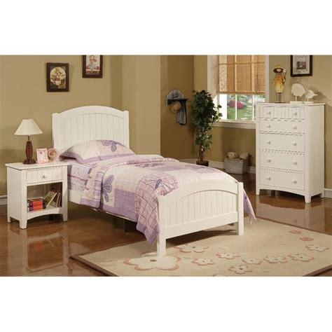 3 bedroom furniture poundex 3 size bedroom set in white finish