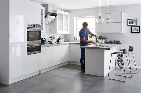 b q diy catalogue kitchen it santini gloss white slab diy at b q