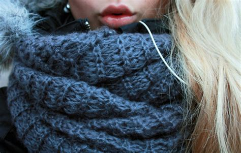 how to knit cowl neck scarf cozy cowl neck scarf knitting is awesome