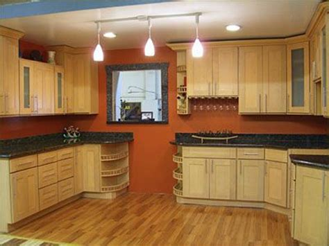 paint colors for kitchen with light cabinets best paint colors for kitchen with maple cabinets