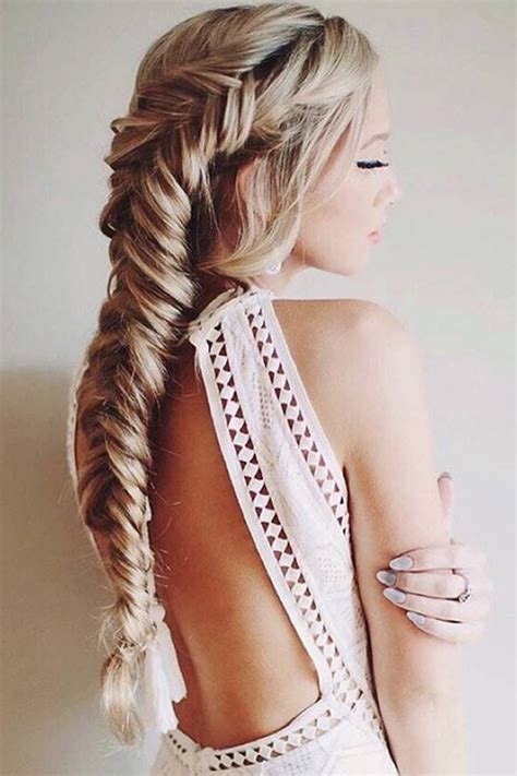 how to braid hair with on the end 25 best ideas about fishtail braids on