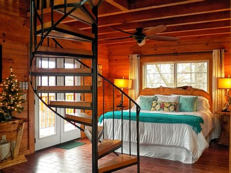 Log Cabin Themed Home Decor branson cedars resort treehouse rustic bedroom grand