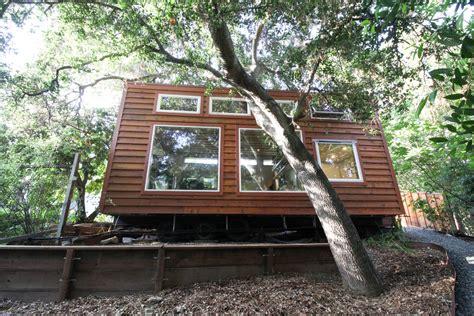 tiny house cabin cabin tiny house swoon