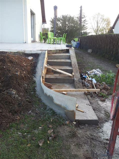 escalier beton exterieur