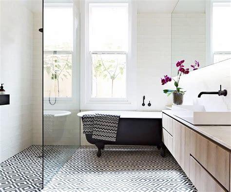 bathroom layout designs 17 best ideas about bathroom layout on master