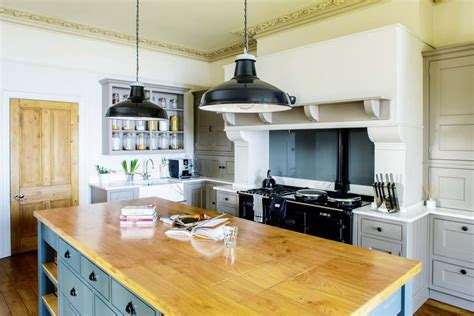 country style kitchens designs 25 country style kitchens homebuilding renovating