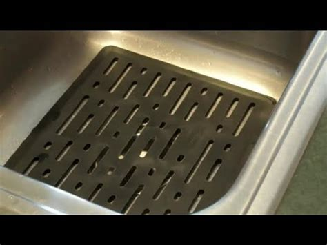 kitchen sink rubber mats how to clean rubber mats in a kitchen sink cleaning the