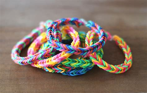 make rubber band jewelry make rubber band bracelets 11 rubber band loom patterns