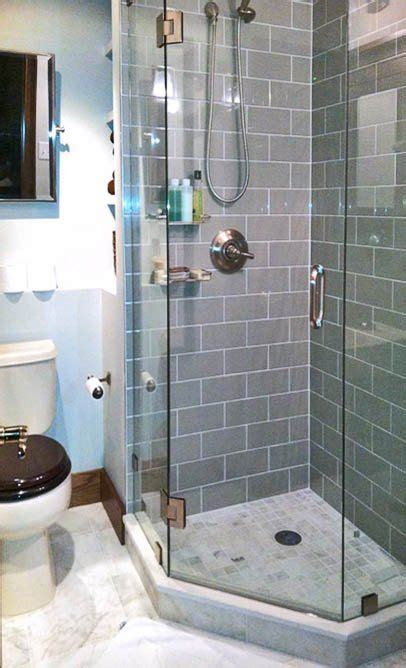 small showers 25 best ideas about small bathroom showers on