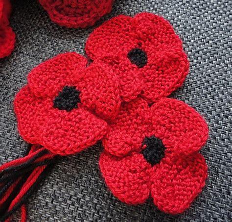 knitting pattern for a poppy flower knit poppy flower free knitting pattern