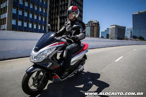 Pcx 2018 Automatica by Honda Pcx 150 Sport Estreia Como Vers 227 O Mais Agressiva