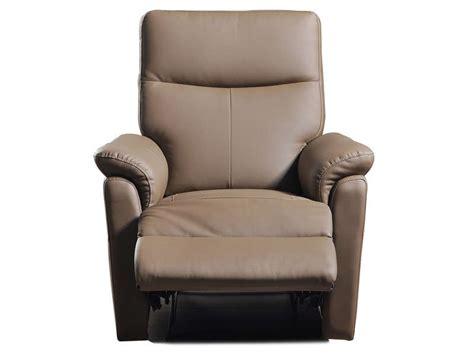 fauteuil relaxation manuel tranks coloris taupe en pu vente de tous les fauteuils conforama
