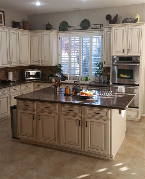Cabinet Refacing by What To Look For In A Kitchen Refacing Refinishing Company