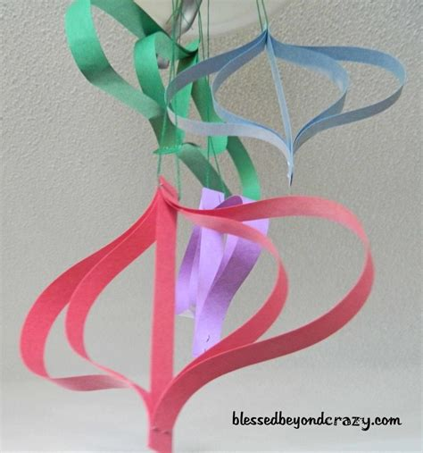 paper hanging crafts 12 days of crafts for day 9